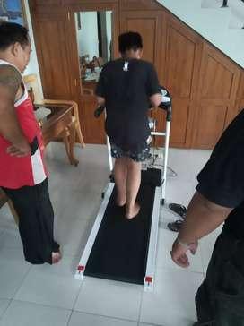 Best new treadmill elektrik 10 speed class home use new Venice