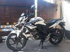 Jual Cb150r th 2014 Cash kredit Bali dharma motor