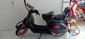 Motor Vespa P150E