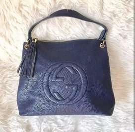 Preloved tas Gucci lengkap tali slempang warna navy kondisi terawat