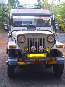Mahindra Jeep (2005)