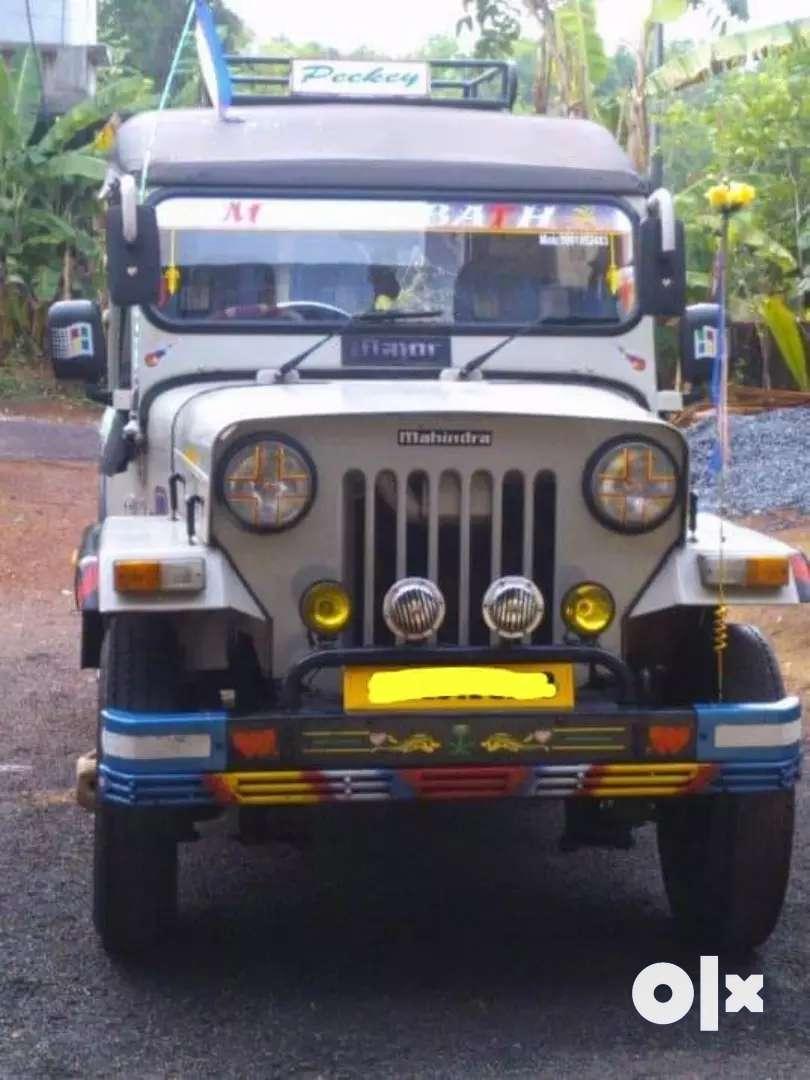 Mahindra Jeep (2005) 0