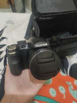 FUJIFILM FinePix S4900
