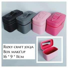 Box Make Up Beauty Case Vinyl  Murah Jogja