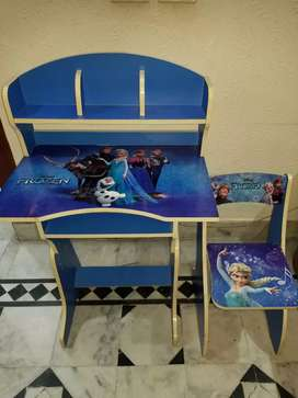 KIDS  STUDY Table & ChaiR