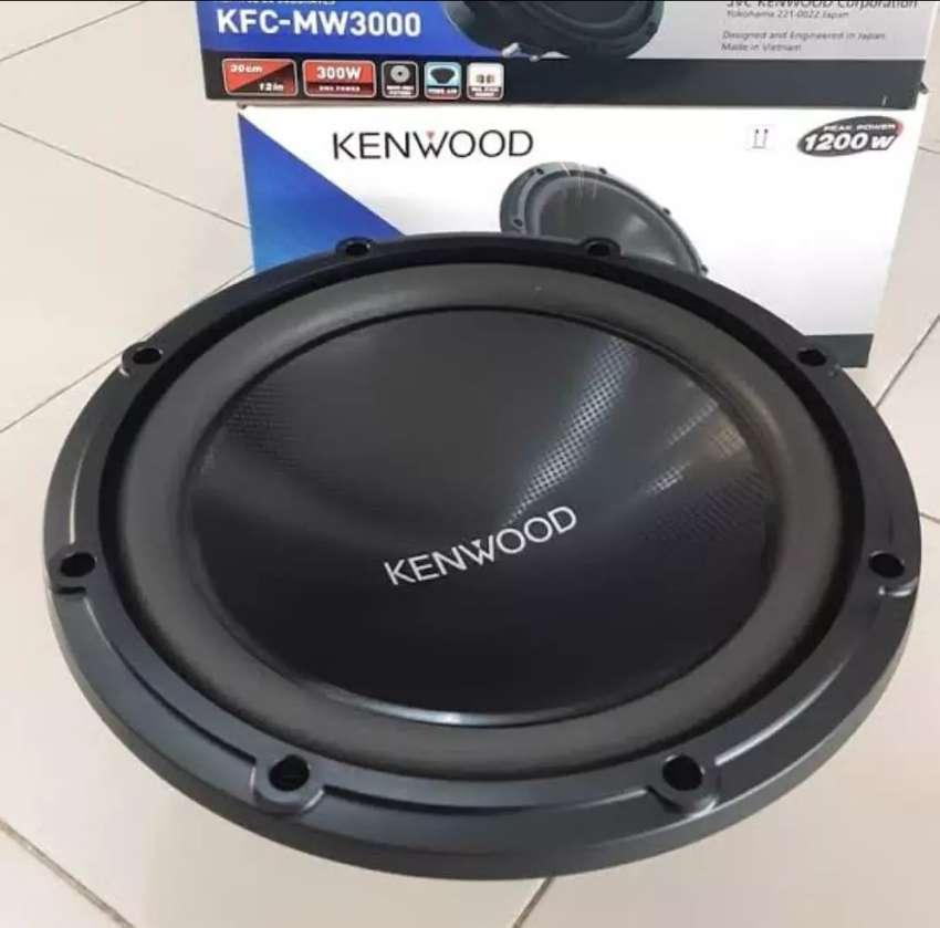 Sub Kenwood MW3000 0