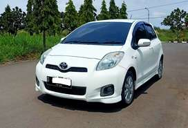 KM75RB- Toyota Yaris E 1.5 AT 2012 Automatic Putih,NO PR, 2013 Dp 35JT