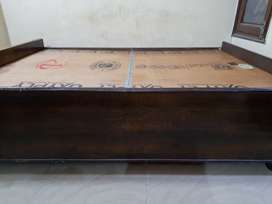 Diwan Bed in Good Condition