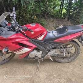 Yamaha r15old model