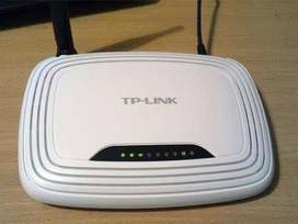 TP-Link TL-WR740N Wireless Router (White, Not a Modem)