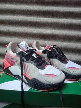 Sepatu Puma Rs-X Reinvent