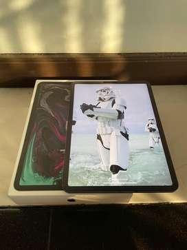 "iPad Pro 11"" 2018 256GB Wifi+Cell Mulus Banyak Bonus"