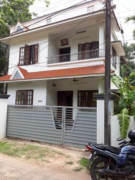 4 .5  cents  land  4 BHK  Villa  in  Alappuzha.