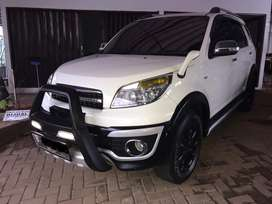Daihatsu Terios Tx adventure At th 2014 putih
