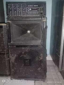 Jbl dj sound boxs  2 amp