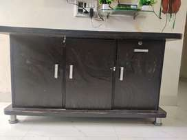 Tv unit for sell prices 2500/-