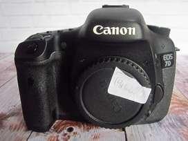 Canon eos 7d body only BO SC 14rban