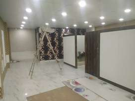 On road commercial space available for rent in Indirapuram