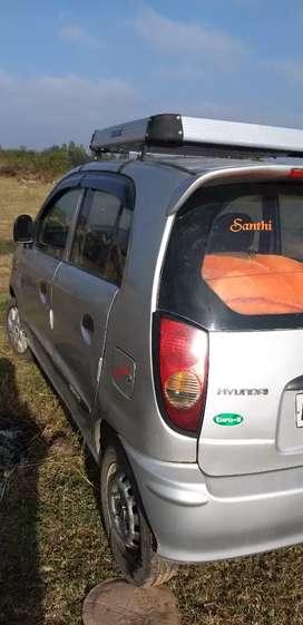 Good maintains car with single hand