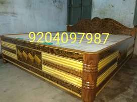 Beautiful king size box bed size 6/6.5