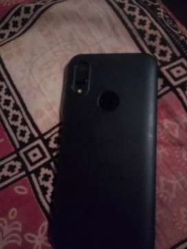 Redmi y3 good condition