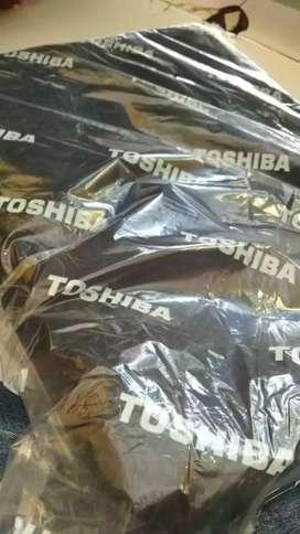 Monggo tas Toshiba hitam untuk laptop netbook