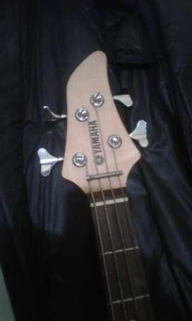 Dijual gitar bas yamaha
