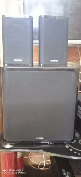 Yamaha 100W 8ohm speaker and subwoofer