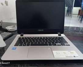 Laptop Asus A407M garansi 2th(baru) promo hari ini