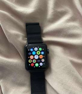 Apple iwatch series 3/42mm one year old with bill box