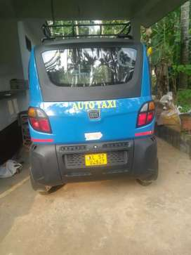 Bajaj Qute Auto taxi like new condition