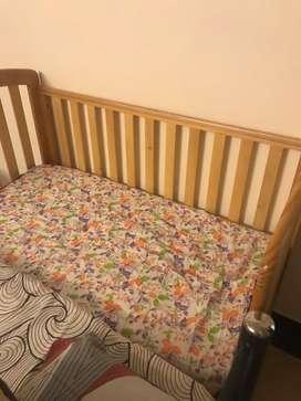 Baby crib or babies sleeper cot