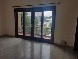 10 marle kothi first and 2nd floor for Sale sector 42B