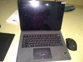 Dijual Tablet Chuwi Ram 6 Giga dn Complite aksesoris nya,