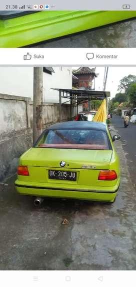 Mobil bekas buat jln
