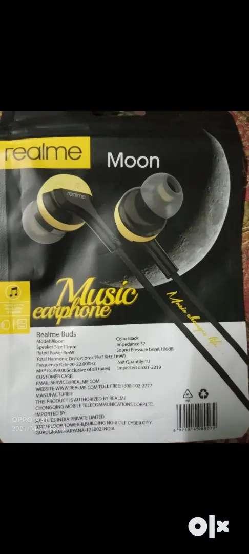 Realme headset