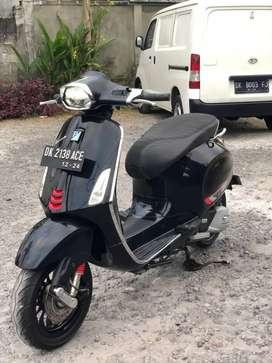 Dijual Vespa sprint ABS facelift 2019 hitam mulus