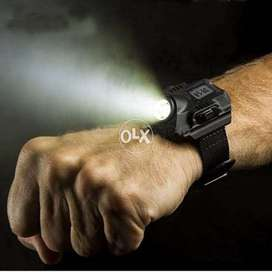 Rechargeable Wrist Watch LED Flashlight Portable CREE XPE Q5