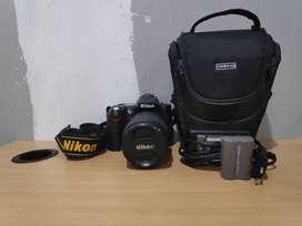 Kamera / Camera Nikon DSLR / Digital Camera D90 KIT 18-105 mm VR