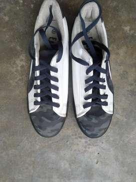 Eagle casual shoes