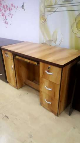 brand new wooden shade  study table at factory price...