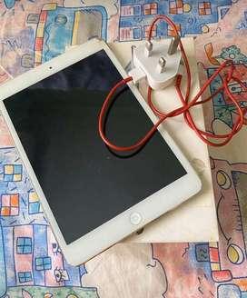 Ipad mini 32gb wifi + cell silver minus