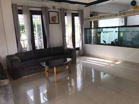 BANGLOW sell in uTTRAYON 2.5 STORIED BUILDING AMT 2.5 Cr