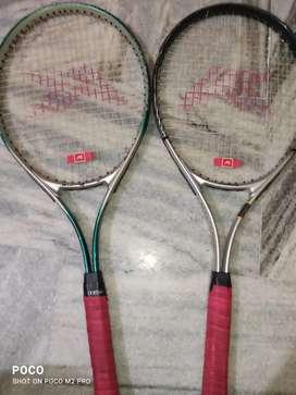 Tennis bats