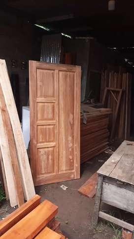 Daun pintu single utama kayu jati kering alami