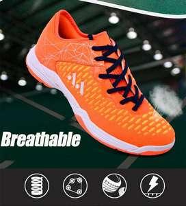 sepatu terbaru dari lefus ringan dan kuat cocok untuk jumping smash