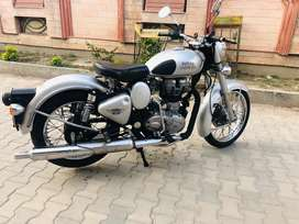 Bullet classic 2014 model showroom condition