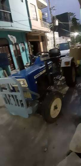 Mini tractor swaraj 717 with cultivator 220 hours