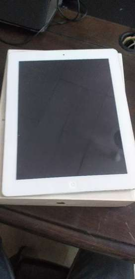 Apple iPad 2 silver color cellular and wi-fi 32gb 9.7inch