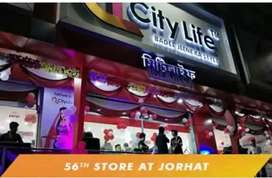 Fresher can also apply for shopping mall